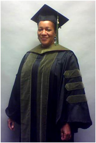 Faculty/Staff Doctor Cap, Gown, Tassel Rental