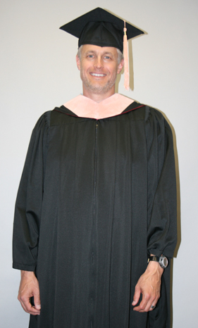 Faculty/Staff Master Cap, Gown Tassel Rental