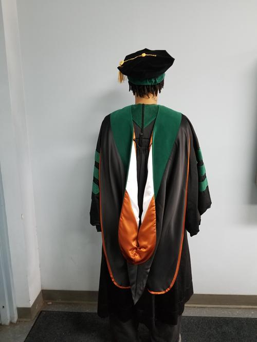 Graduation Dresses Graduation Gowns For Rent In Houston